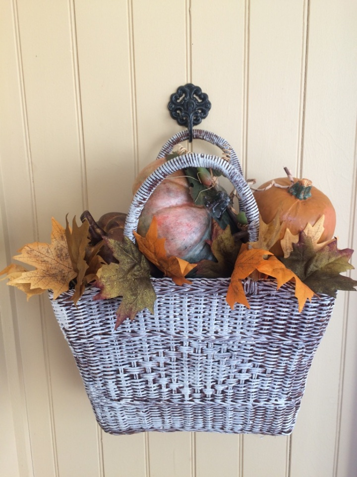 fall porch wall decor