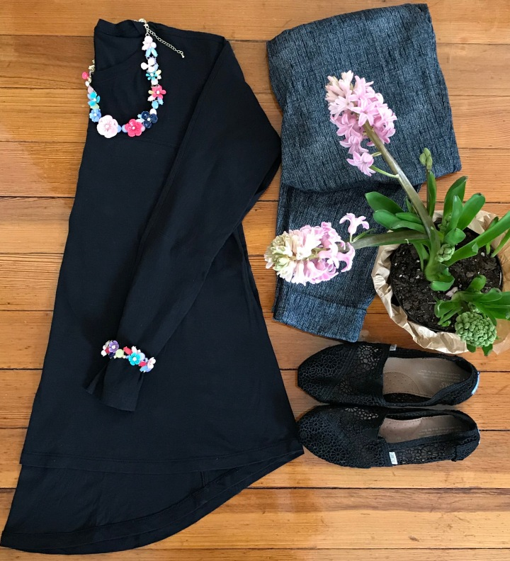 necklace flat lay outfit